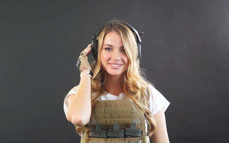 Pretty girl in an airsoft uniform