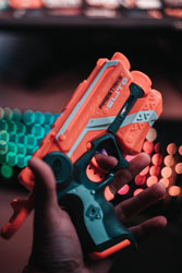 Nerf gun with lots of darts