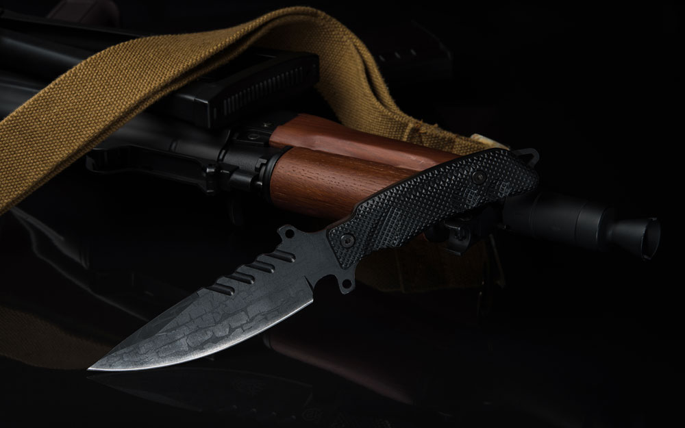 Tactical combat knife and ak74