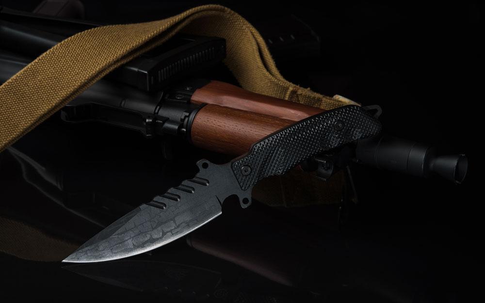 Tactical combat knife and ak74