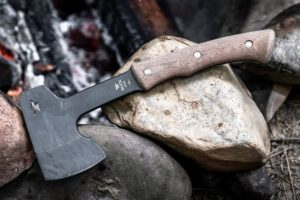 What is 5160 Steel? Is 5160 Steel Good for Knives? Top 5160 Steel Knives Review