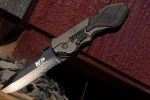 What is 4034 steel? is 4034 Steel Good for Knives? Top 4034 Knives Review