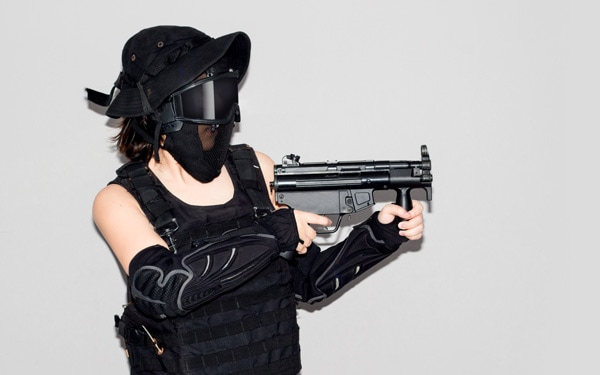 black soldier bb gun sport game costume and weapon